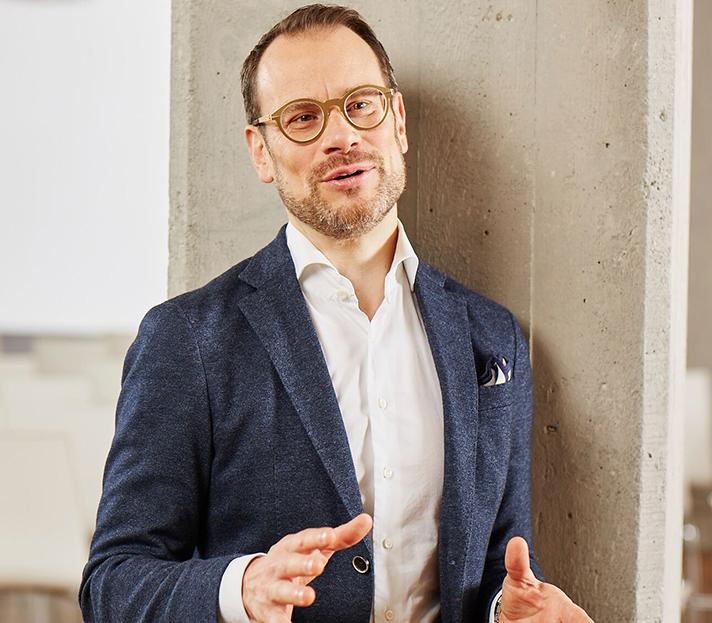 Prof. Stephan Jansen